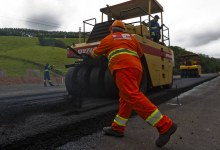 DNIT/RS realiza serviços de manutenção na BR-290